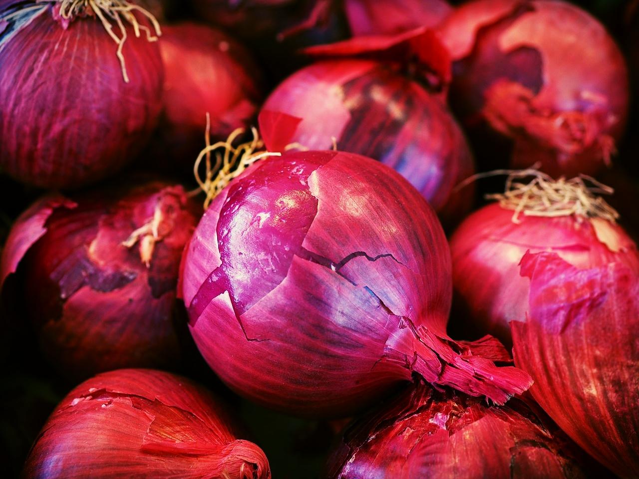 Colour Blind: Blue Onions