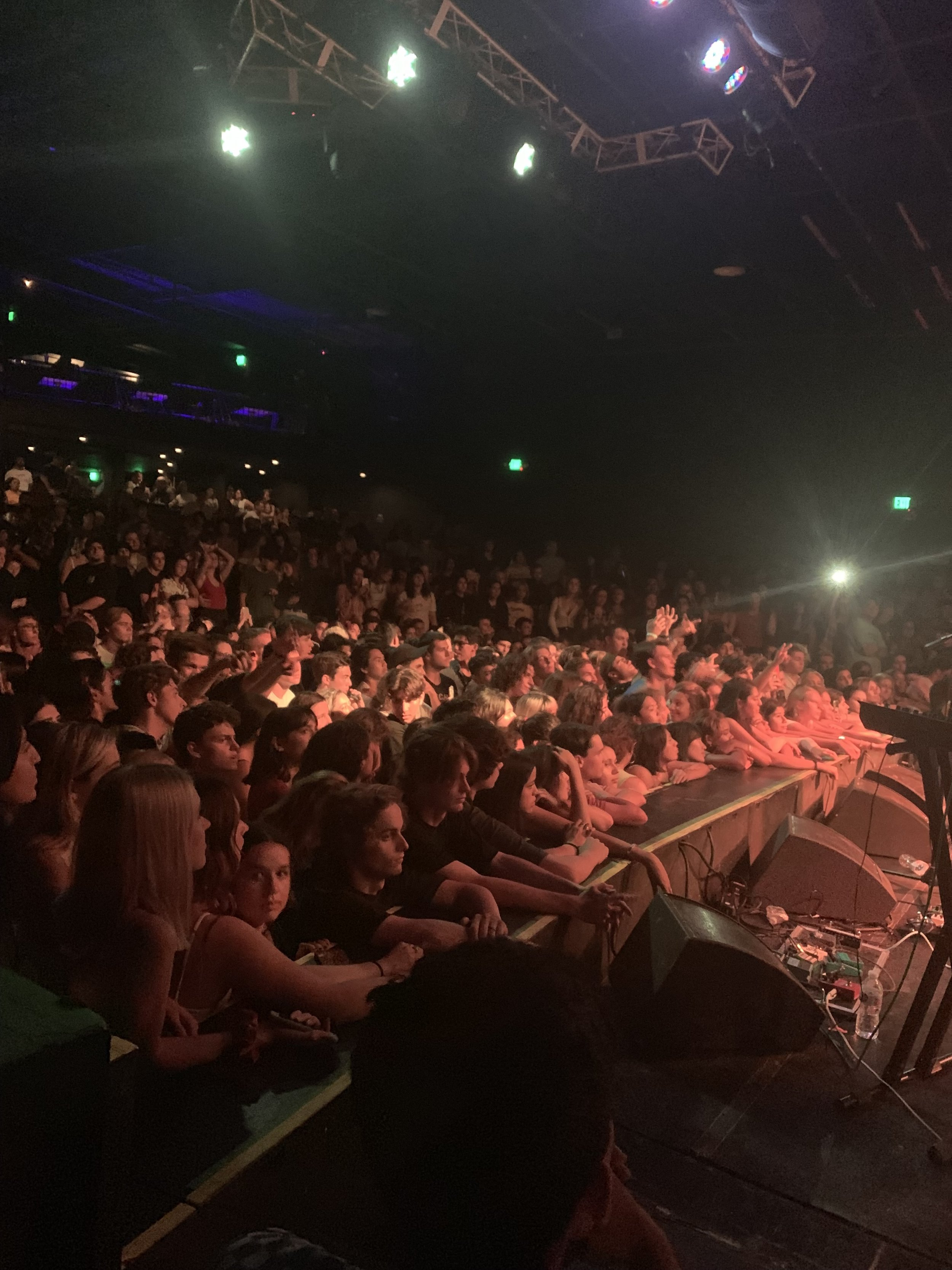 The crowd at The Grinns's show