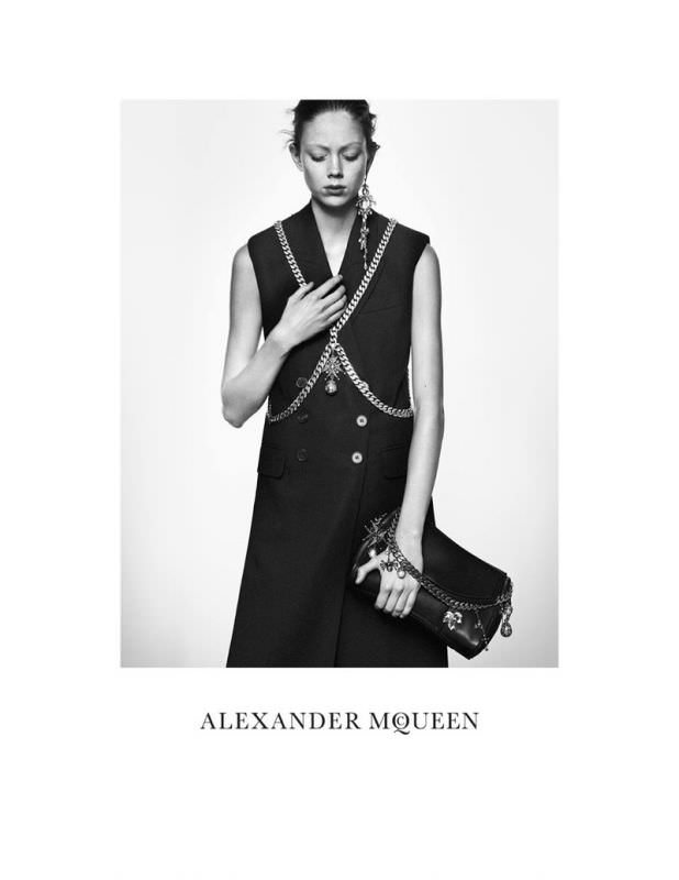 Alexander-Mcqueen-spring-summer-2016-campaign-1.jpg