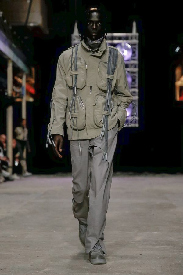 https___hypebeast.com_image_2019_06_a-cold-wall-spring-summer-2020-london-fashion-week-runway-13.jpg