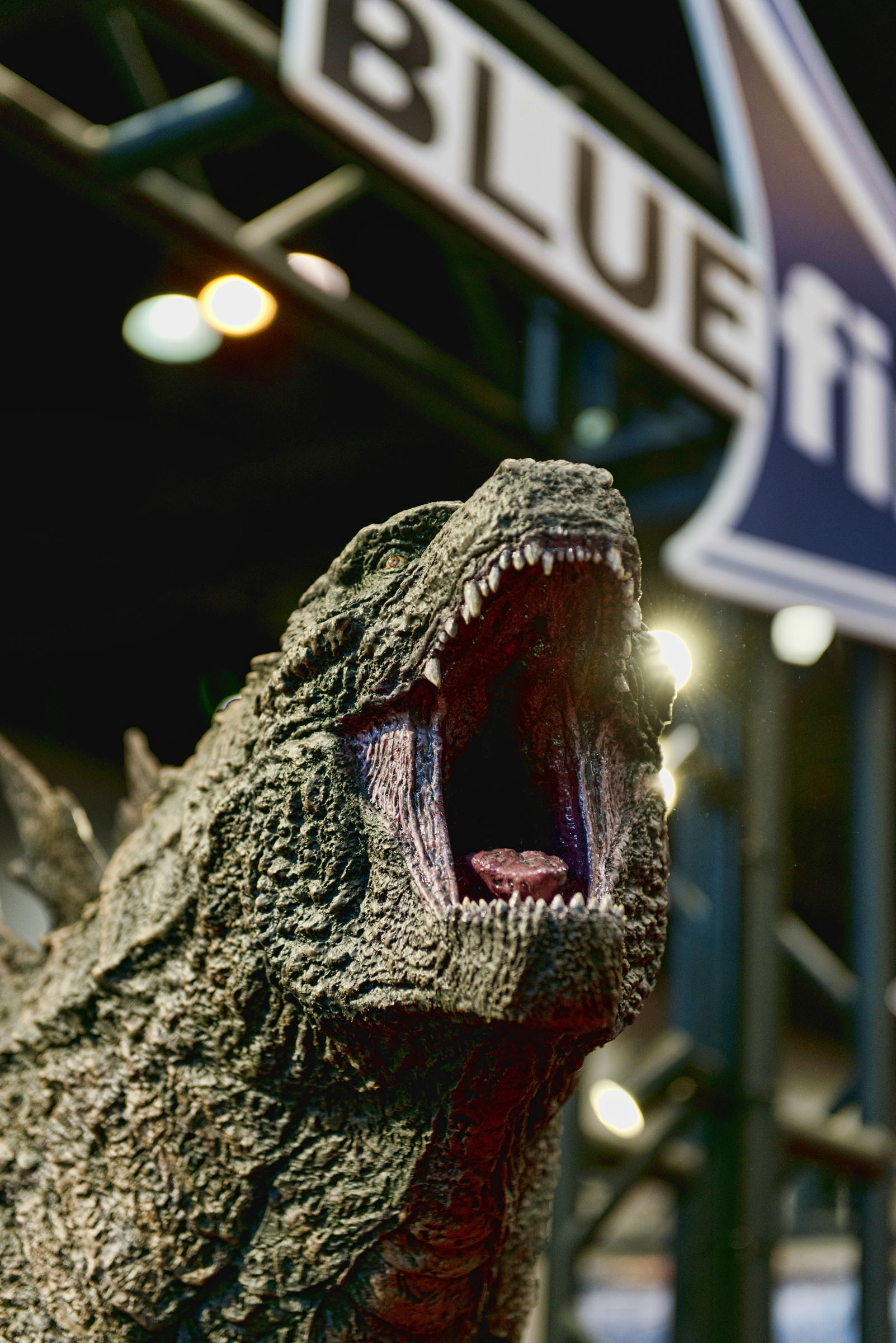 C2E2 - Godzilla.jpg