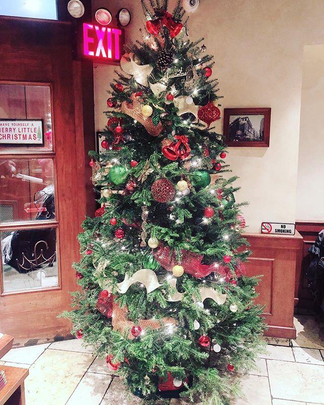 Happy holidays from Patsy's Pizzeria! #holiday #christmas #christmastree🎄#patsys