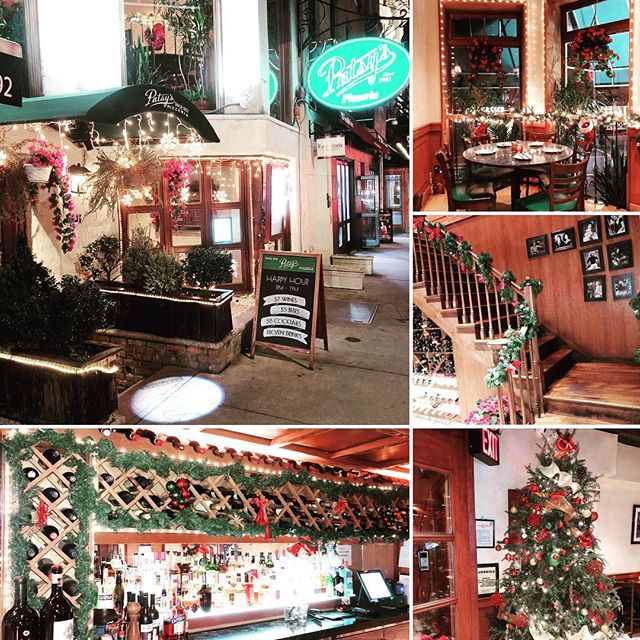 Looking for a warm cozy place this holiday? Look no further! Come join us for some amazing food and dining experience. #holidayseason #christmas #christmasdecor #bestpizza #drinks #patsys #celebration #cheers