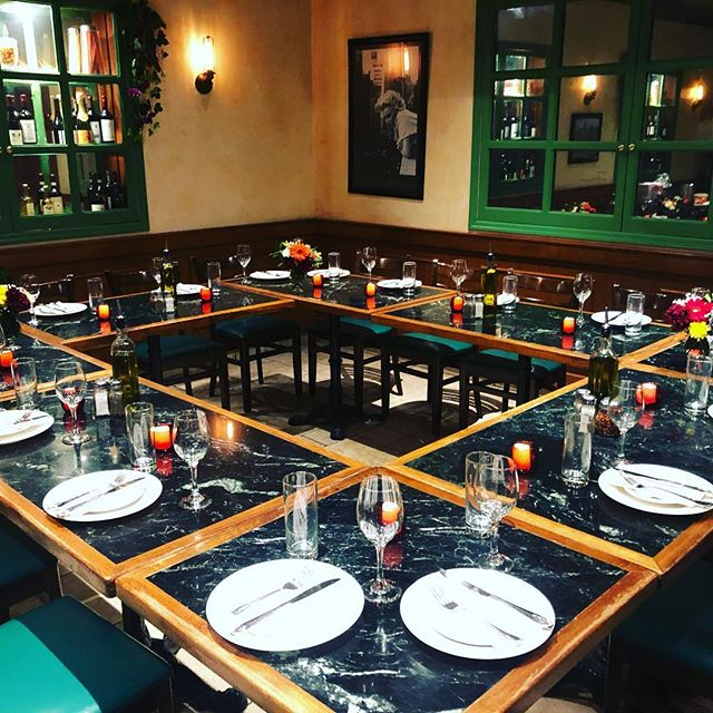 Need to host a private event? With 2 floors available, at Patsy's 60th street we can accommodate to your desire. Call us for more information.