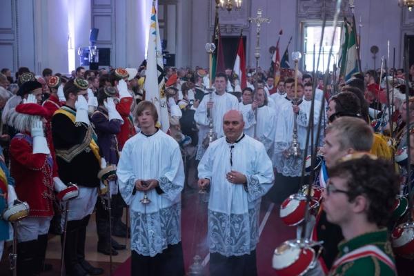 Chargiertenaufstellung in der Messe - Pennälertag