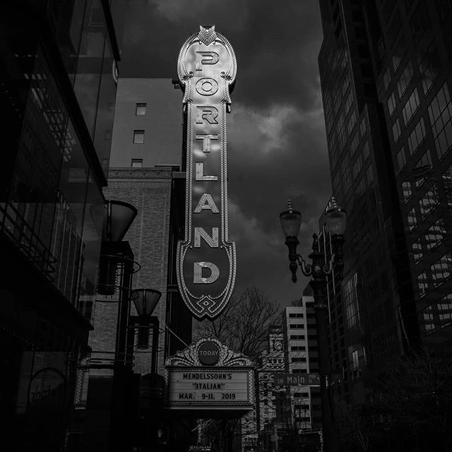 Great shot by @portlandphototour! . . . . #pdx #portland #portlandsign #pdx101 #pdxphotographer #repost #pdxnow #pnw #summernights #bestoftheday #blackandwhites #downtown #cityofportland #portlandoregon #downtownportland #firstavenue