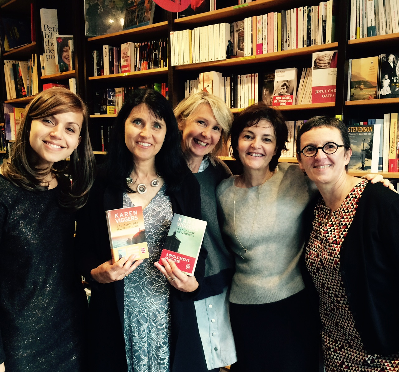 With Veronique Carid of Livre de poche, Nathalie of Mots en Marge, and Anne and Sylive also from Livre de poche.