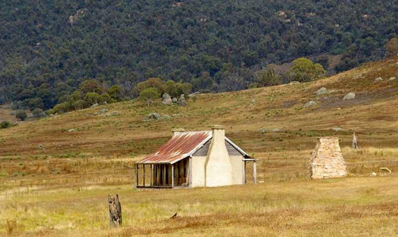 Orroral-Valley-homestead.jpg