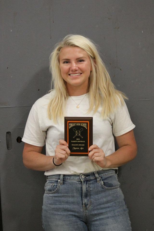Manea Aho - Coach's Award, Softball
