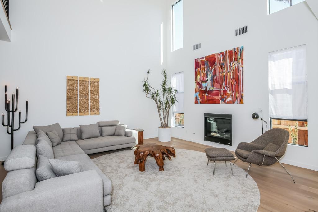 009-Living_Room-1982654-medium-1024x682.jpg