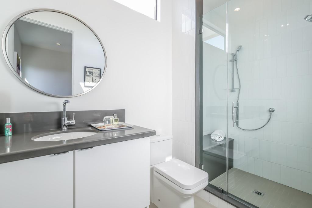 041-Bathroom-1982673-medium-1024x683.jpg