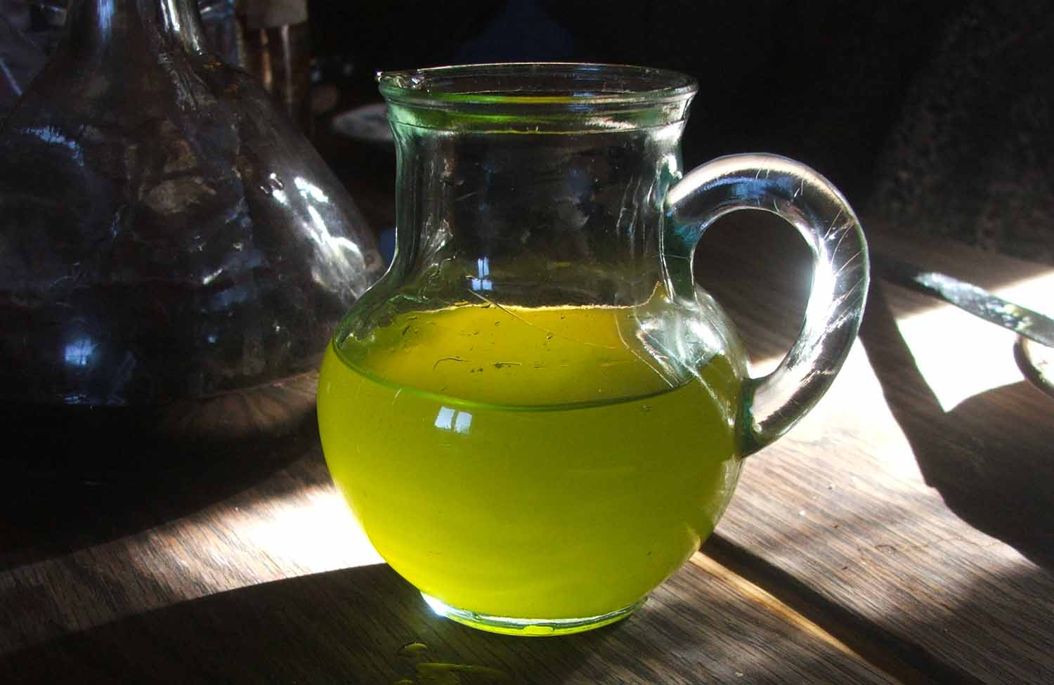 fresh, unrefined olive oil is absolutely beautiful