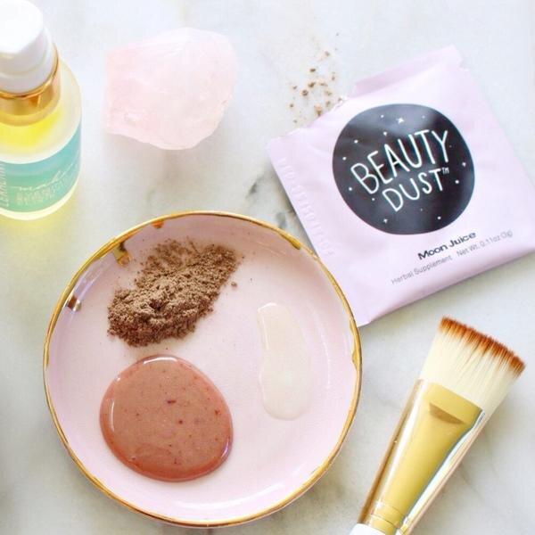 endometriosis_beauty_bathroom_products
