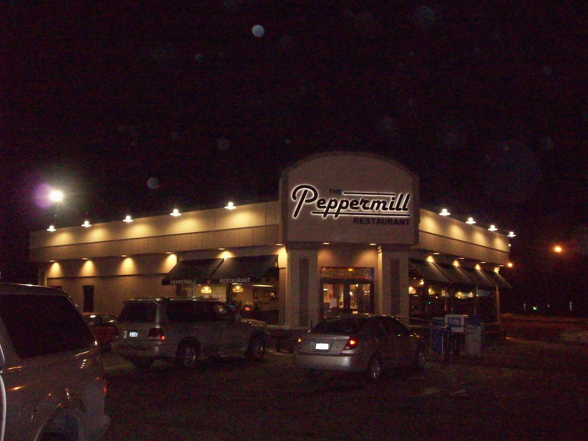 Peppermill Halo Night  .JPG