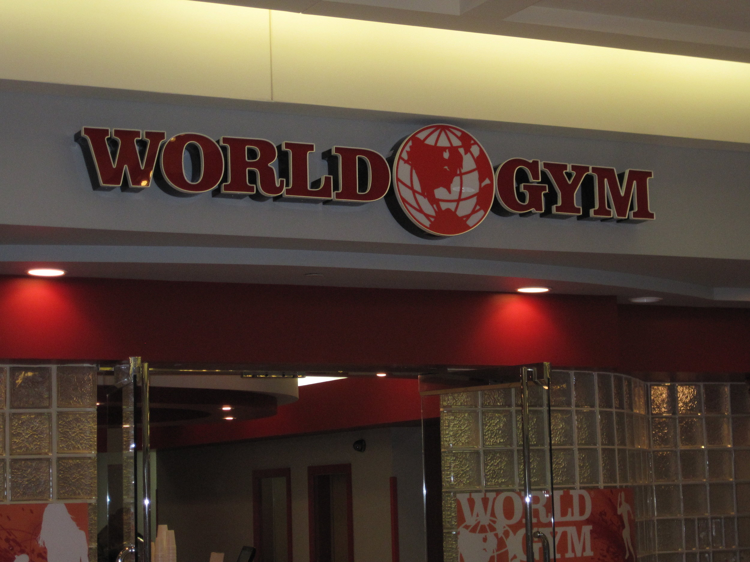 World  Gym Interior 2.JPG