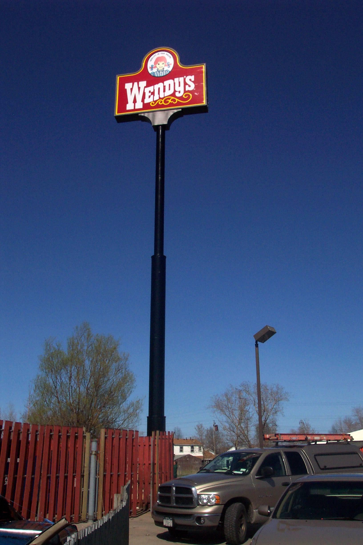 Wendy's Pole Sign .JPG