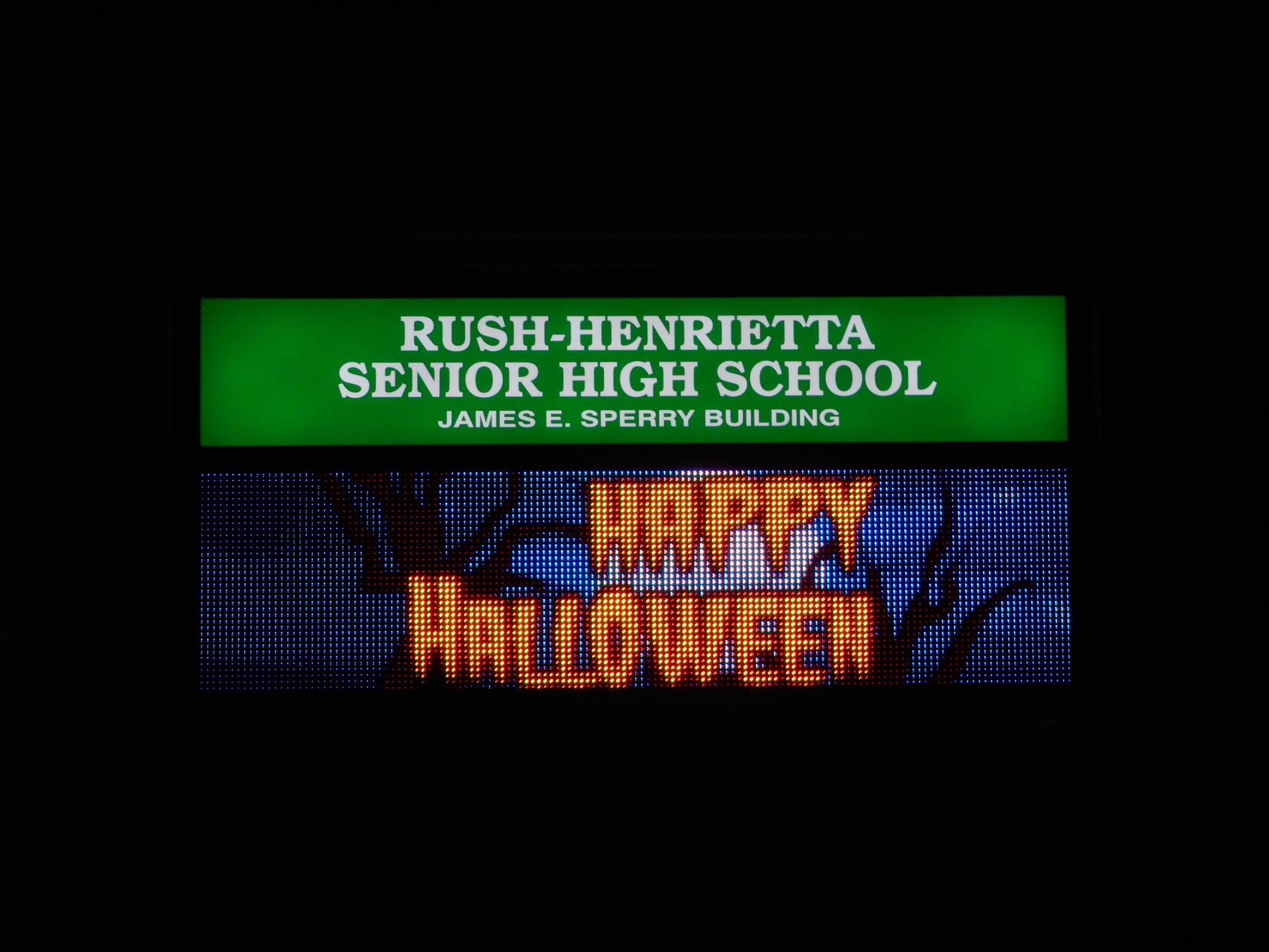 R-H HighSchool 19mm color .JPG