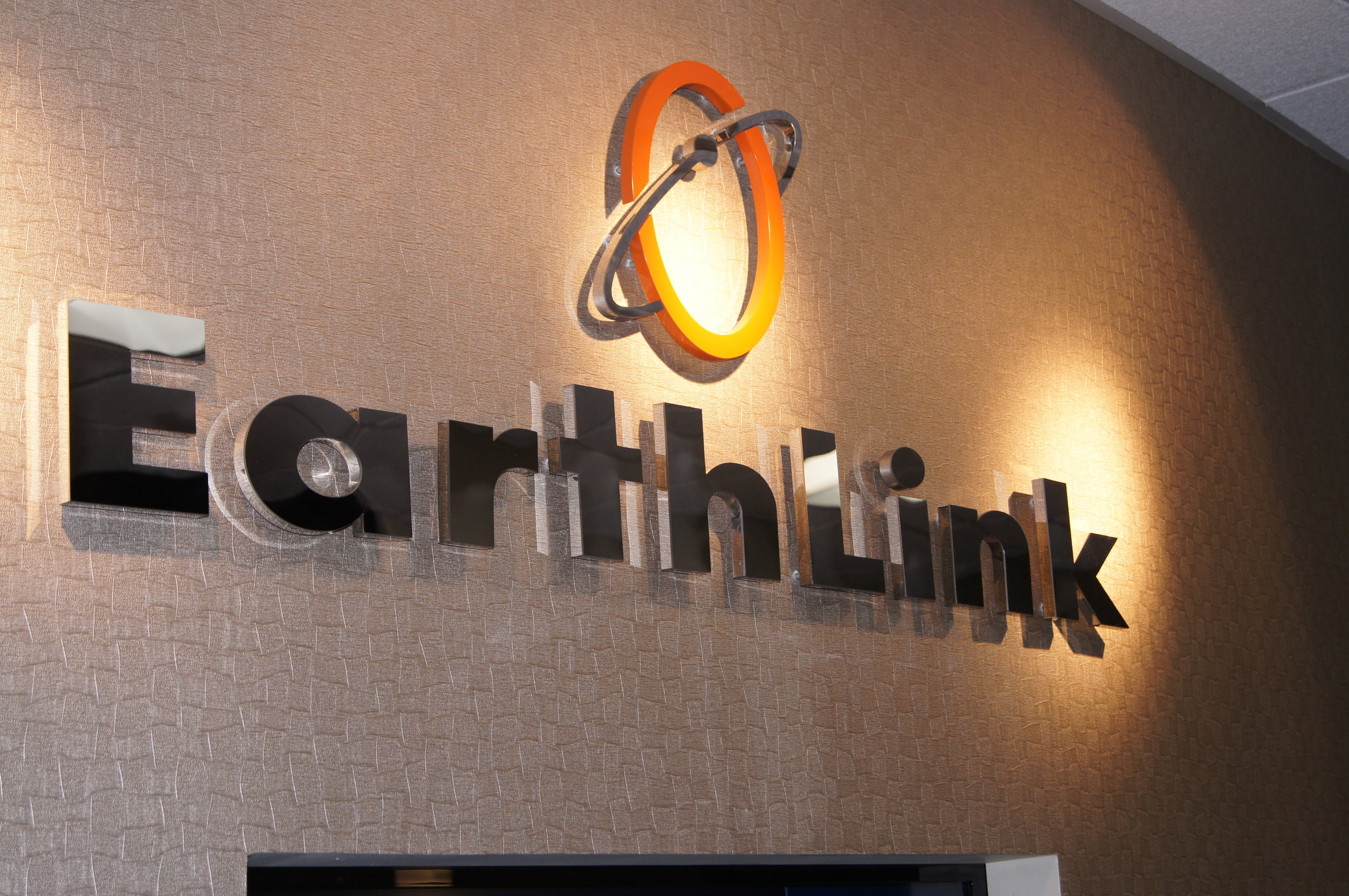 Earth Link Interior Wall sign .JPG