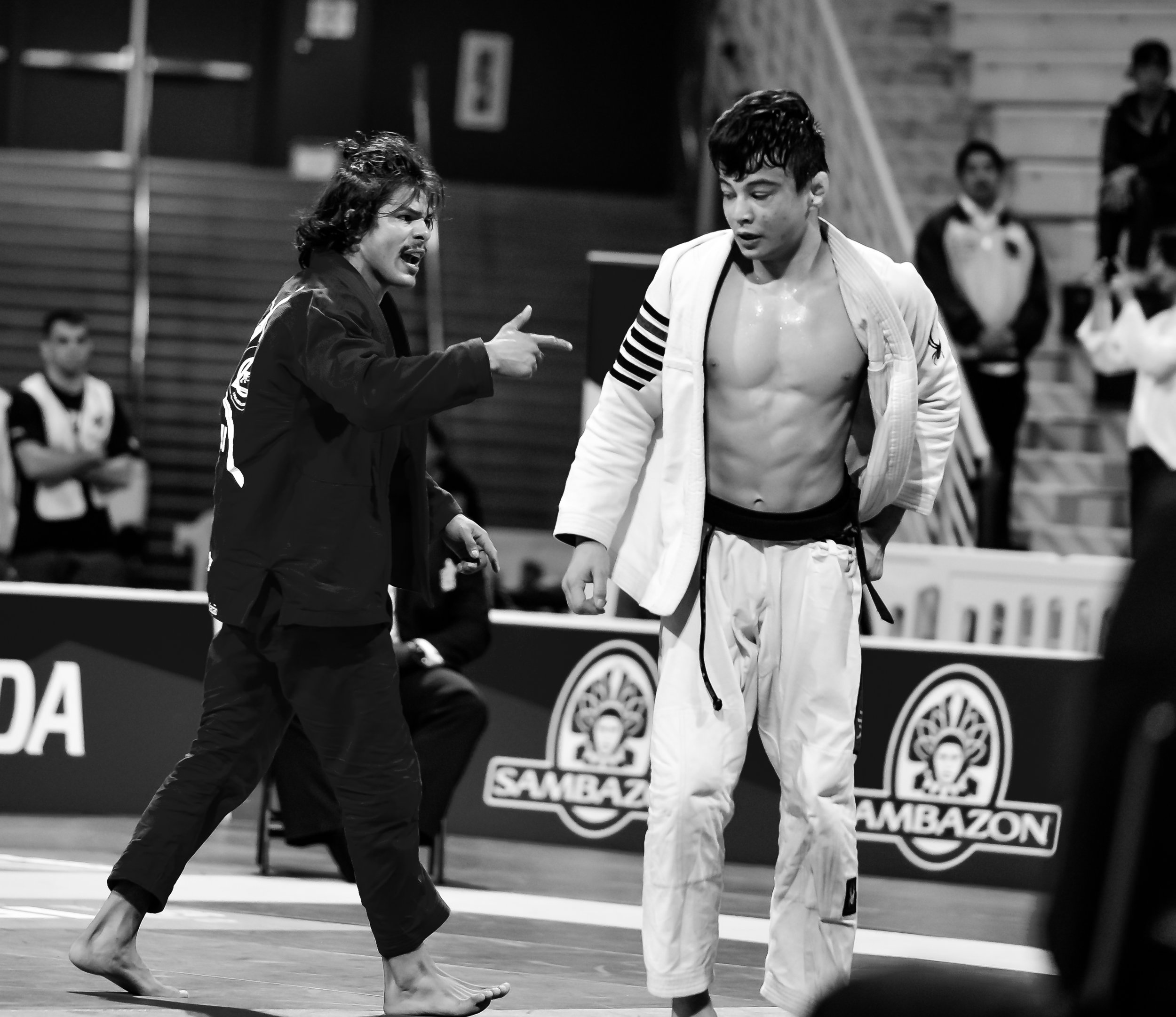 Ary Farias and João Miyao had an exciting Semi Finals match where both athletes left it all on the mat. Ary would win this one and move on to face American Mikey Musumeci in the Light Feather Division.