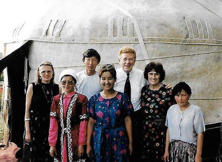 Azerb, Kazak, Uzbek, Bel. 1996 6b.jpg
