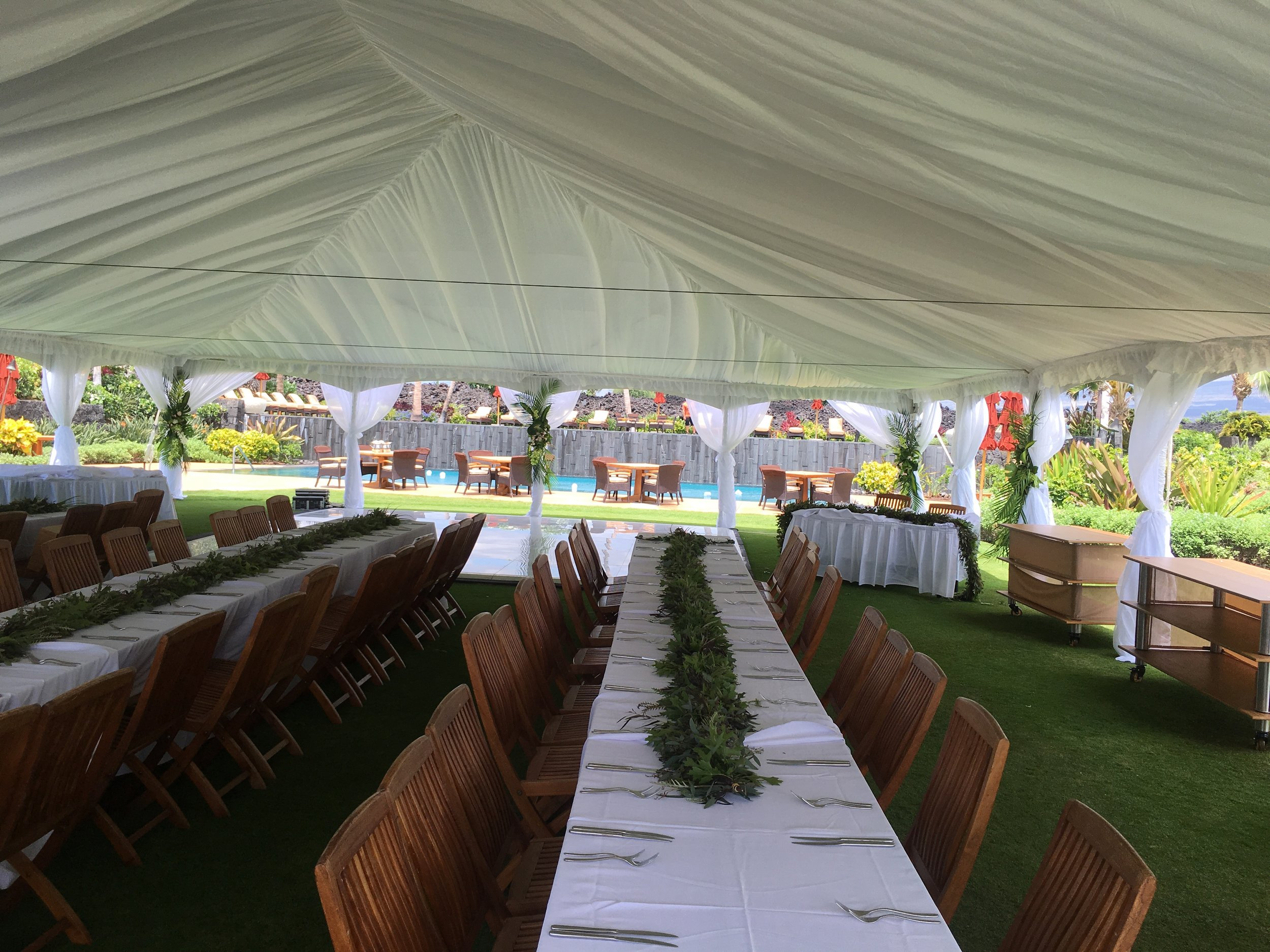 Full Interior Tent Liner with Wide White Leg Drapes.