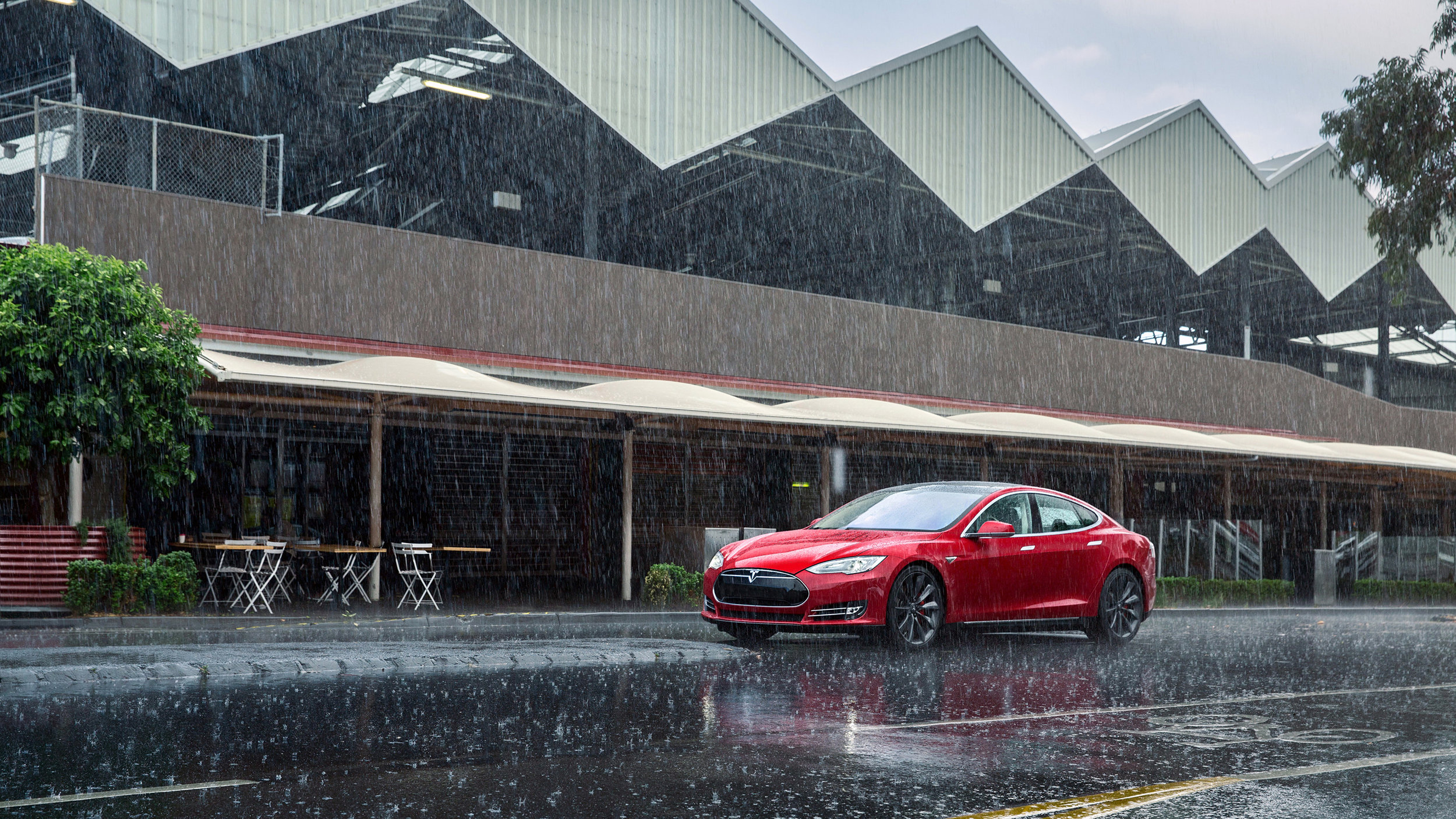 Tesla in the rain 1.jpg