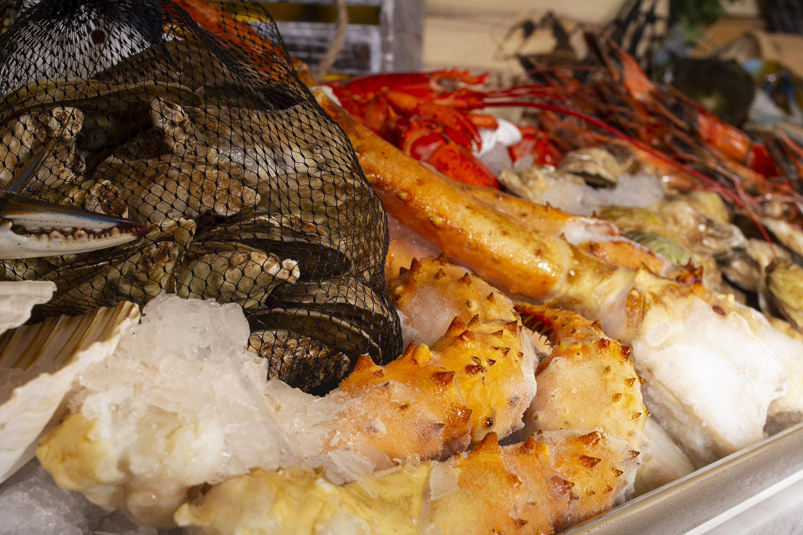 Simeons Raw Bar_IMG_5312 WEBSITE.jpg