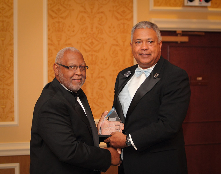 Lin Batchelor & Claude Vann III Award.jpg