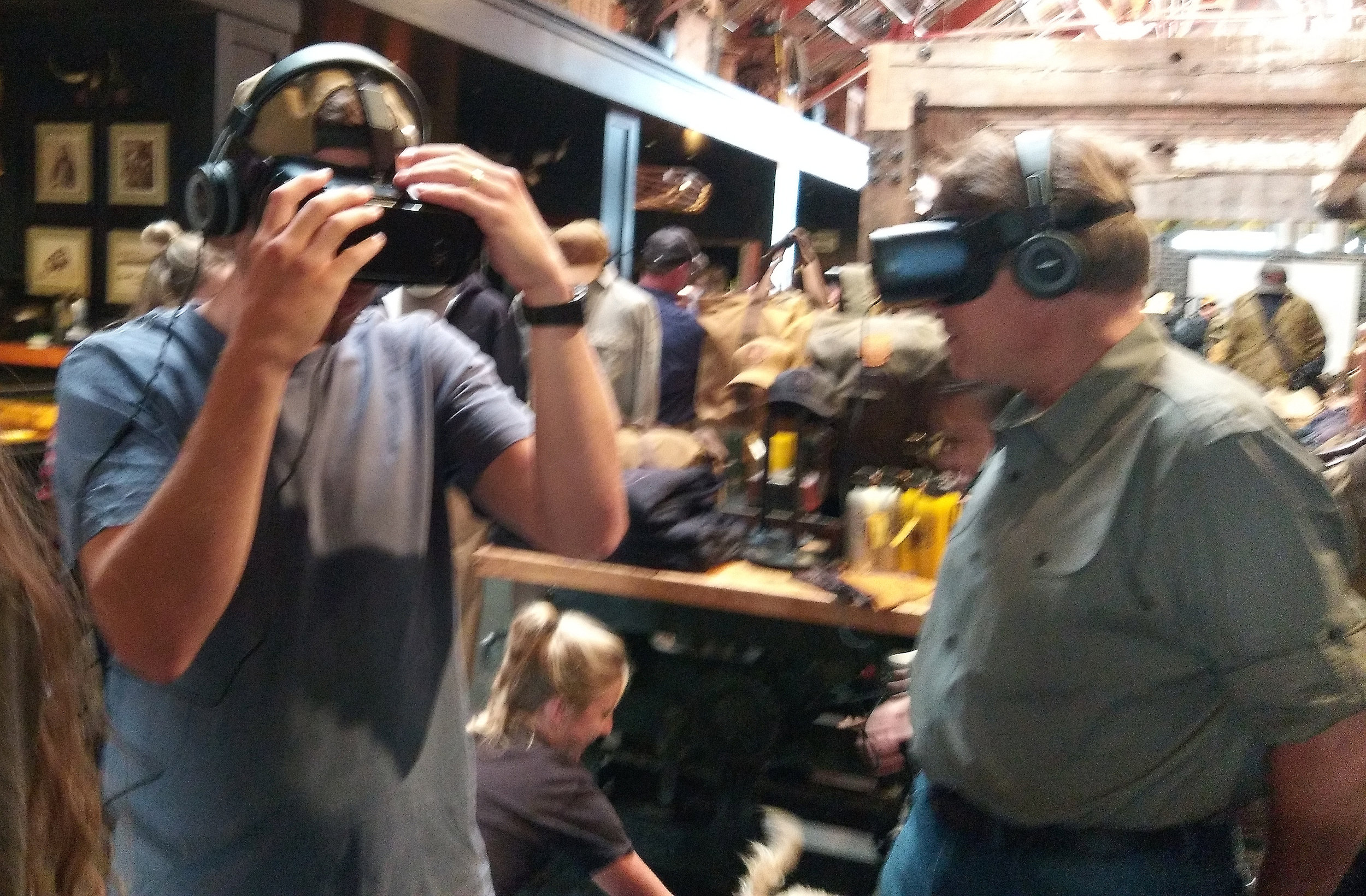 Filson fans enjoying the Gear VR experience