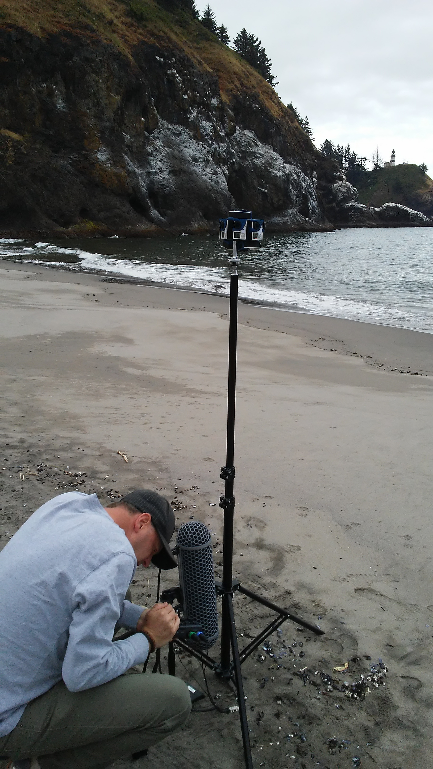 Ambisonic audio on the beach