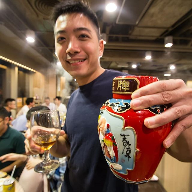 Hotpot and cultural exchange on 17Sep17 from China club 🍶  We obviously have a lot of social events 🤣🤣 #mUSThaveMBA #HKUSTMBA #HKUST #mbalife #Studentclub #hkustmbastudentclub #baijiu #hotpot