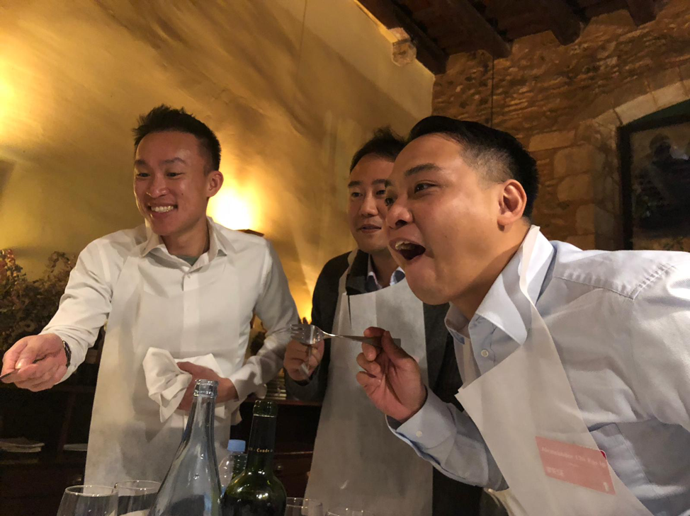 The guys were definitely eager to fill their stomachs.  Some of us were even willing to have a bit of wine, but definitely do not drink too much before the competition is over!