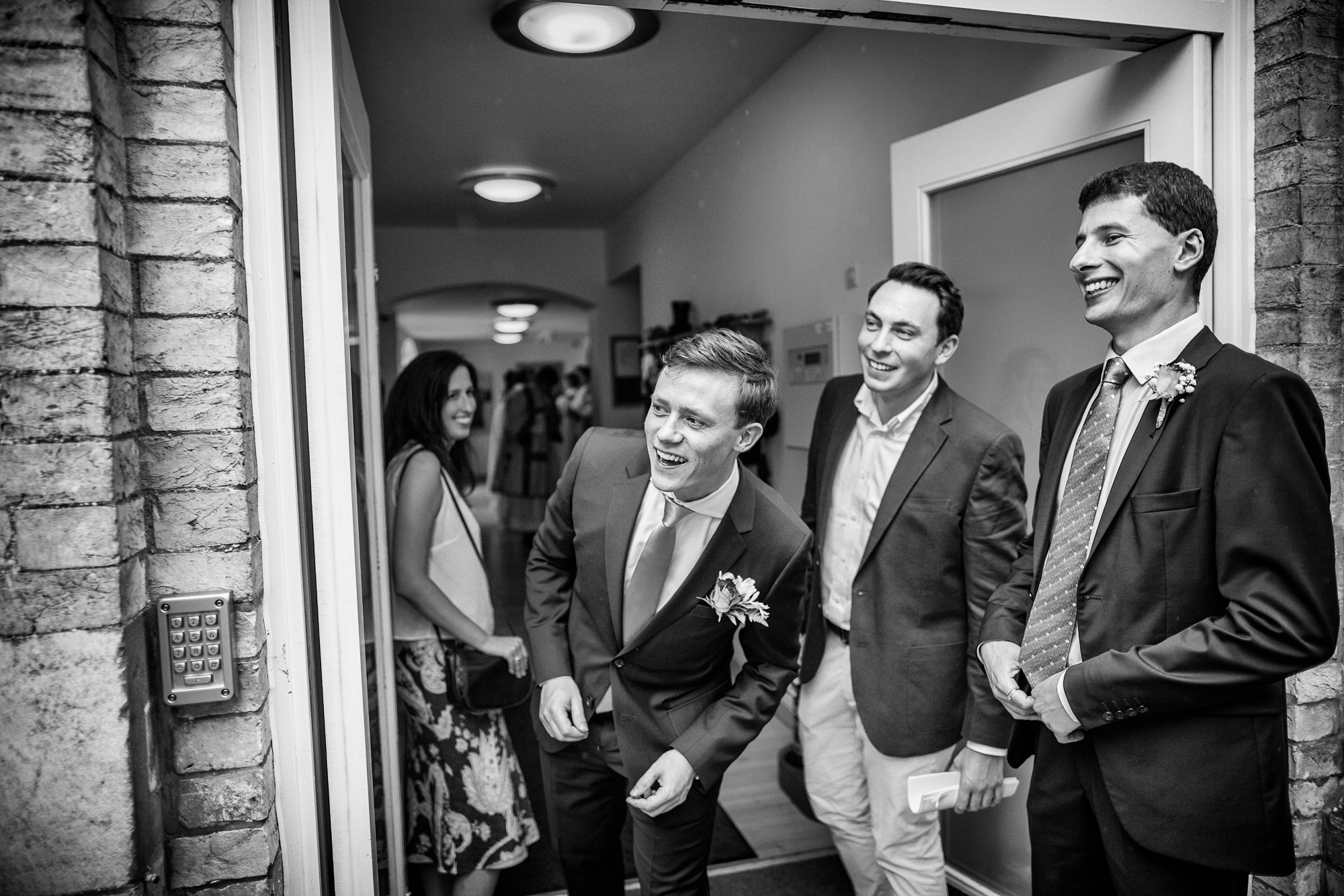 wedding photography black and white (21 of 39).jpg