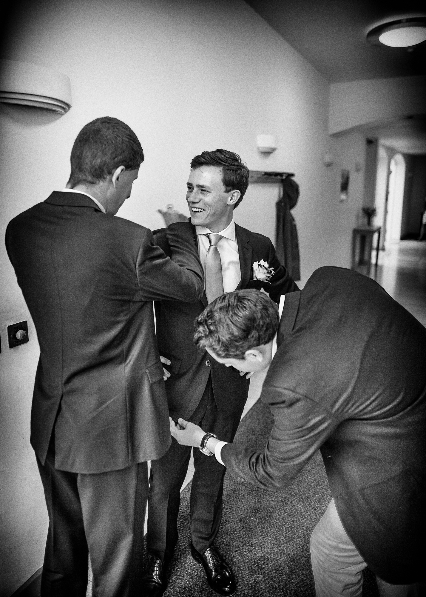 wedding photography black and white (22 of 39).jpg