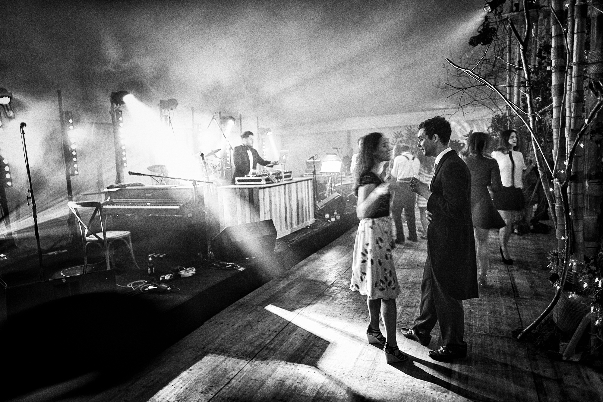 wedding photography black and white (15 of 39).jpg