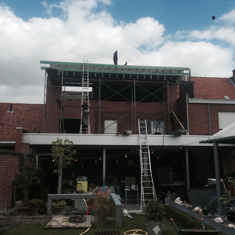 Dakwerker Kortrijk West-Vlaanderen.jpg