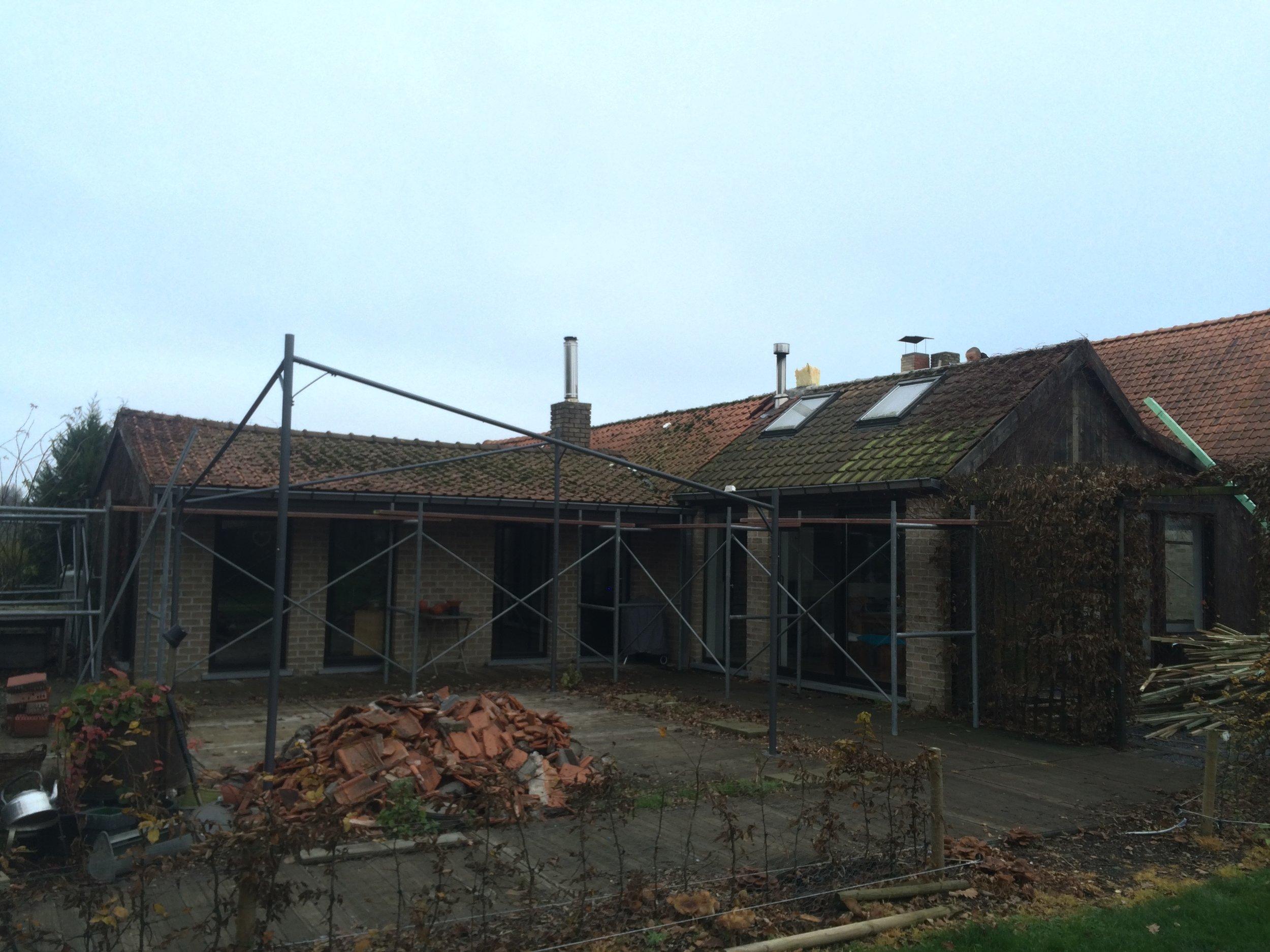Dak vernieuwen Roeselare.jpg