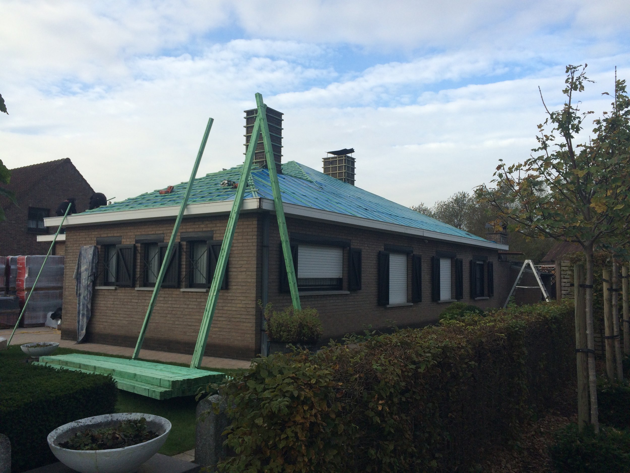 Renoveren dak West-Vlaanderen (2).jpg