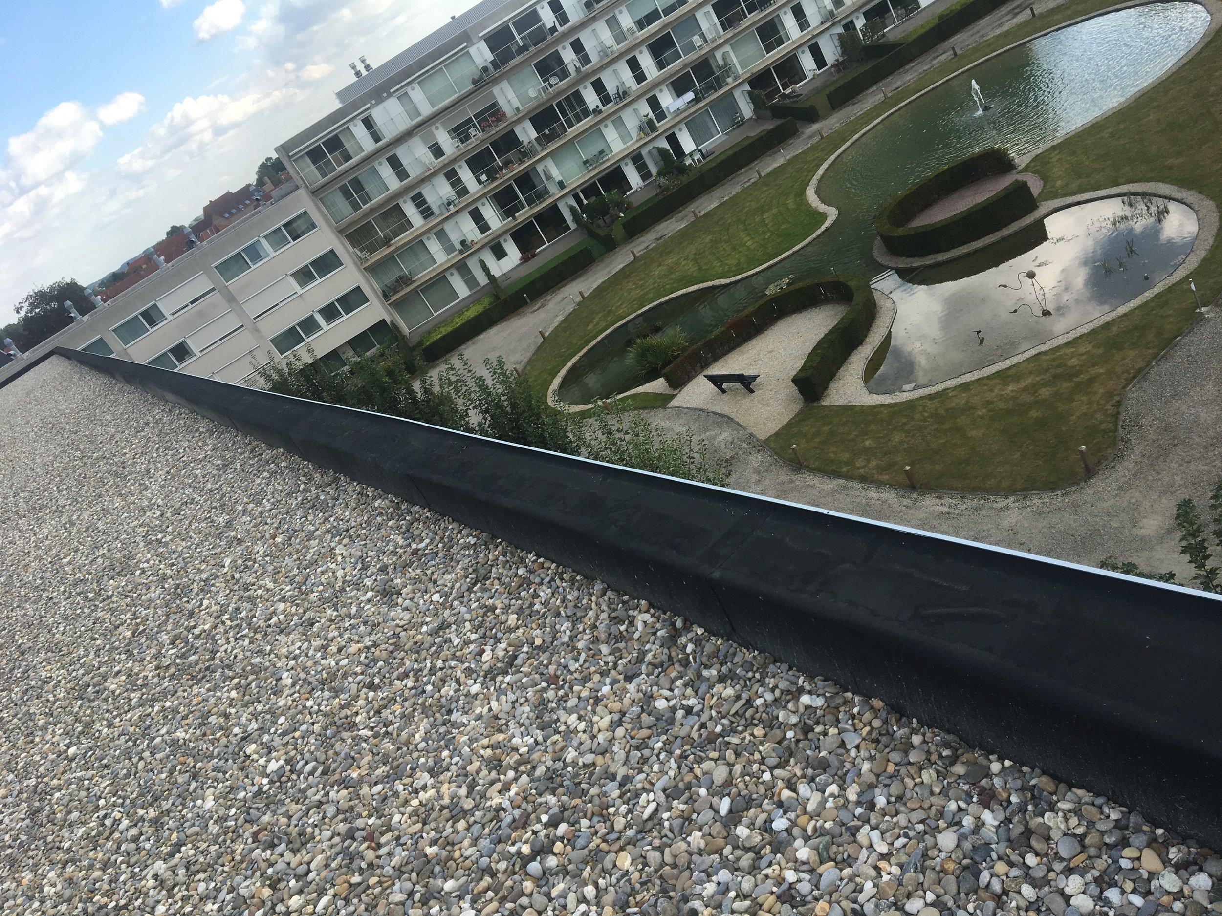 Dakwerken platte daken West-Vlaanderen.jpg