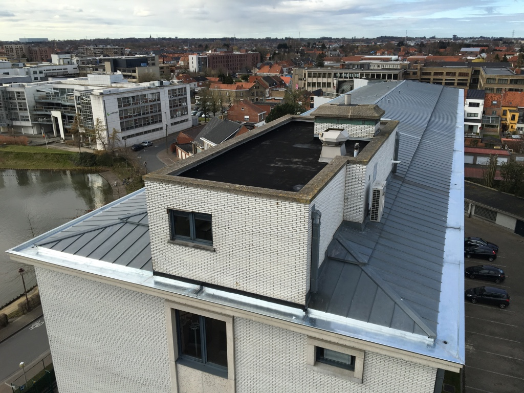 Goot in zink vernieuwen West-Vlaanderen.jpg
