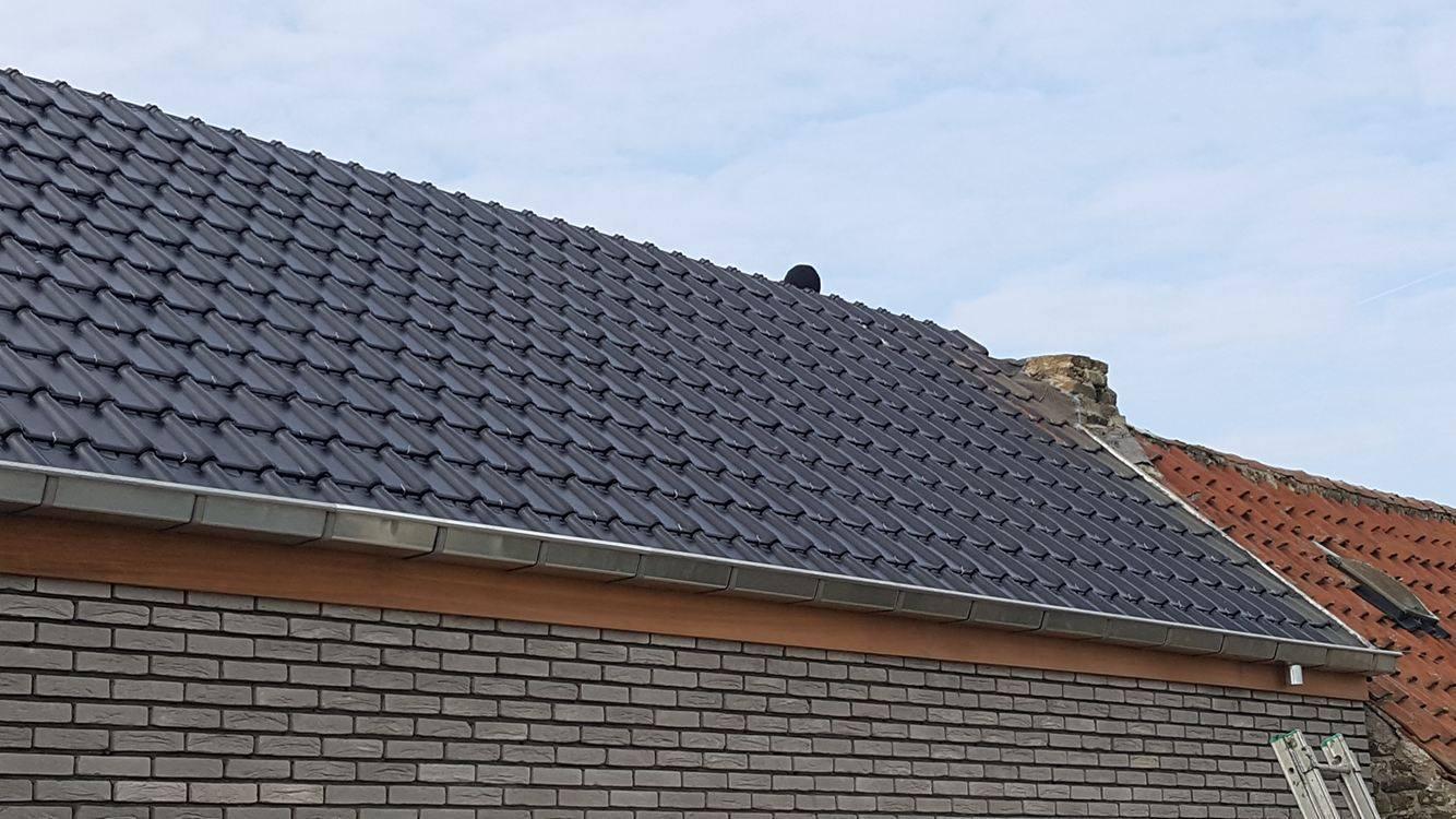 Stormpannen plaatsen Veurne.jpg