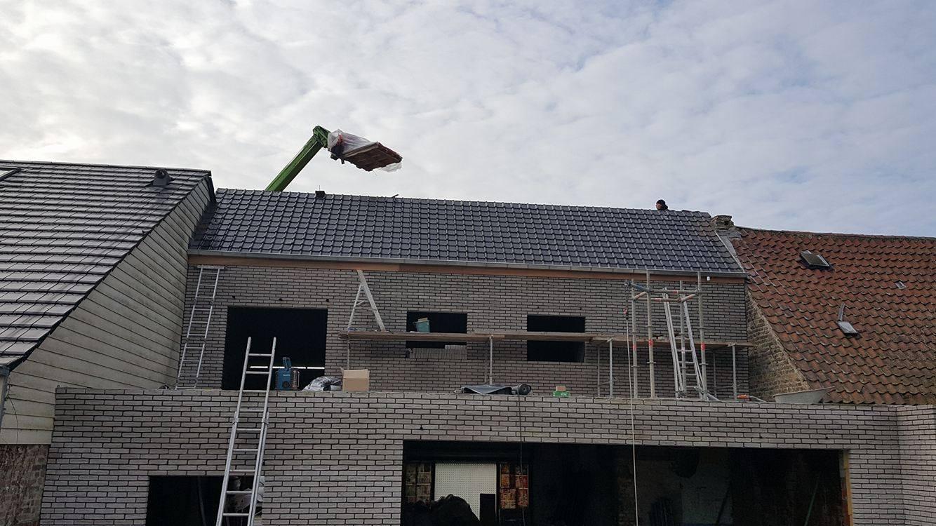 Dakwerken - stormpannen - Veurne.jpg