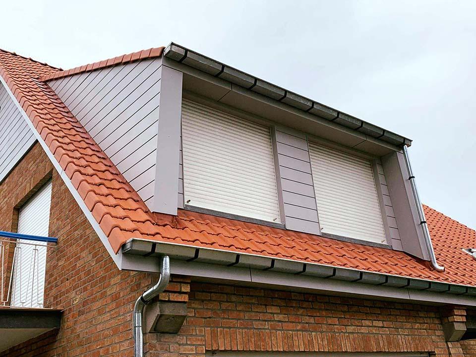 Renovatie dakkapel met omranding Eternit.jpg