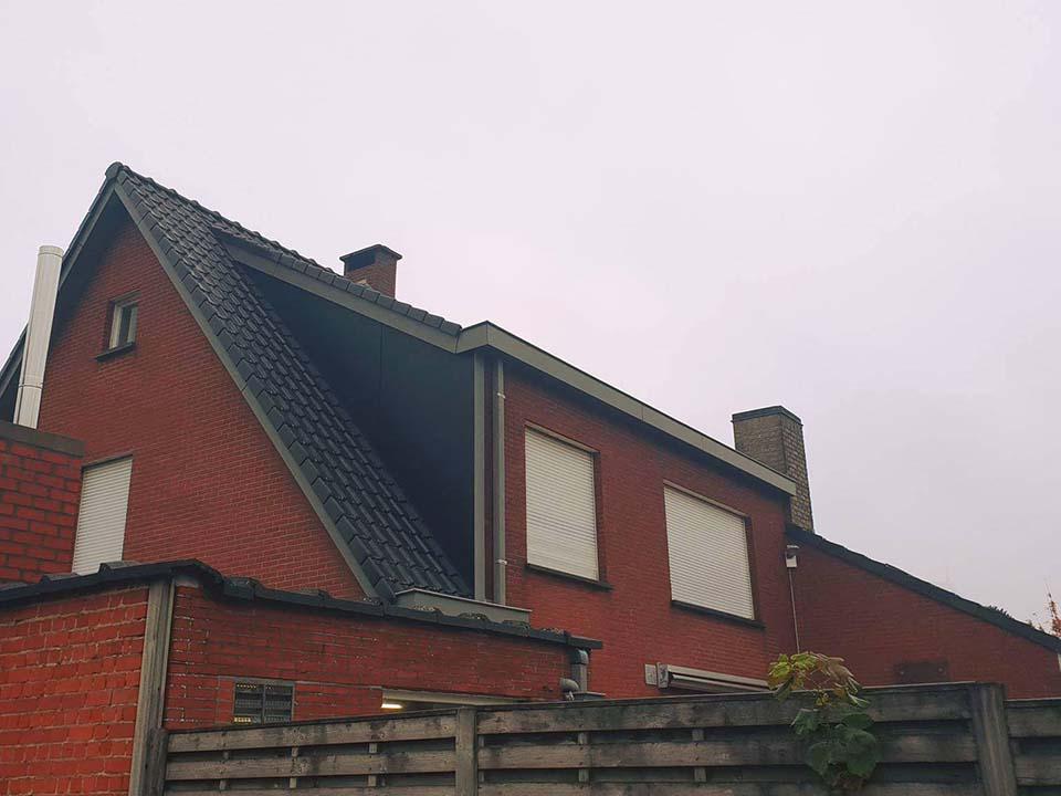Renoveren dak en dakvensters KAchtem.jpg
