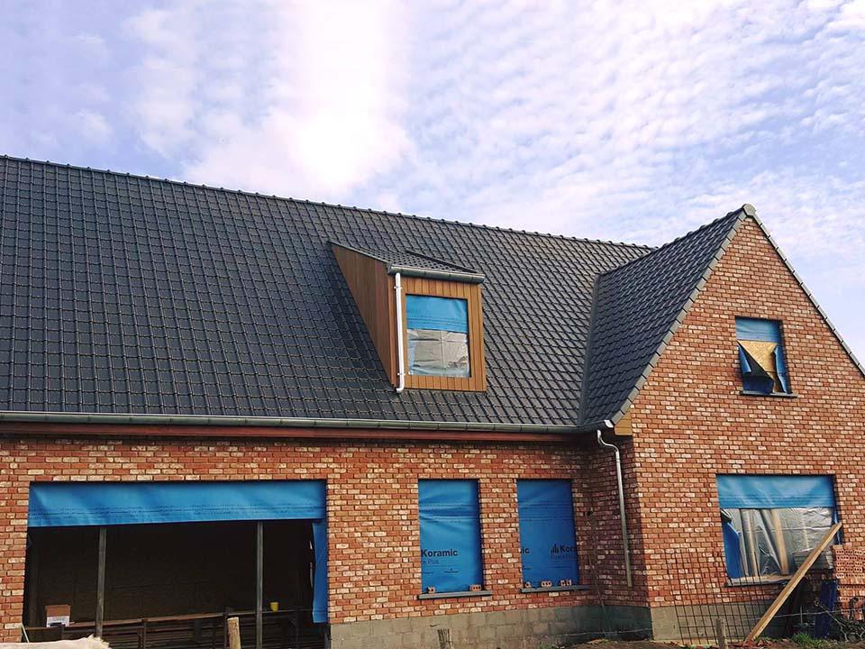 Dakwerken - dakkapel uitbekleding hout - Zedelgem.jpg
