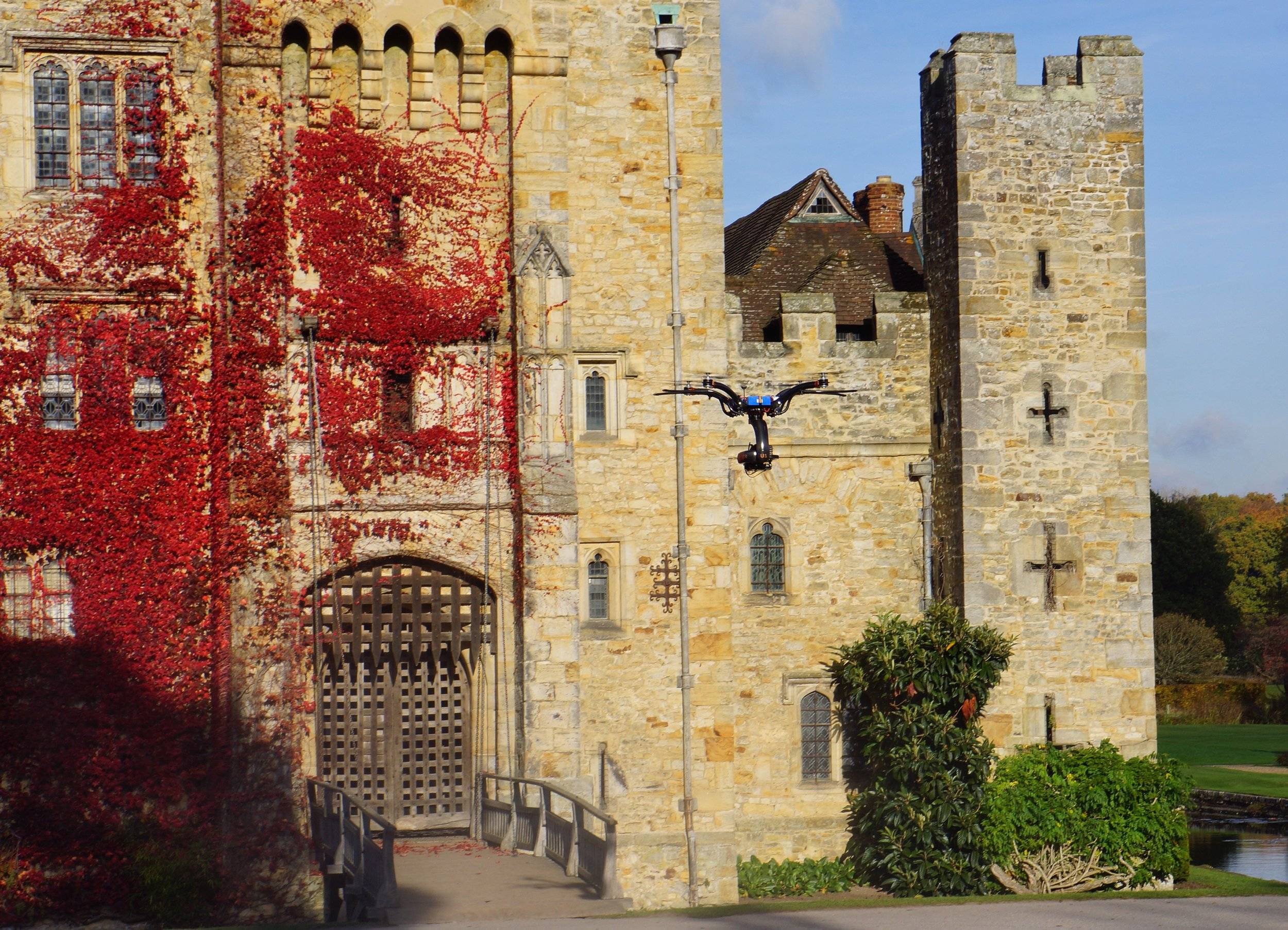 Drone shooting in 4K at Hever Castle, Kent
