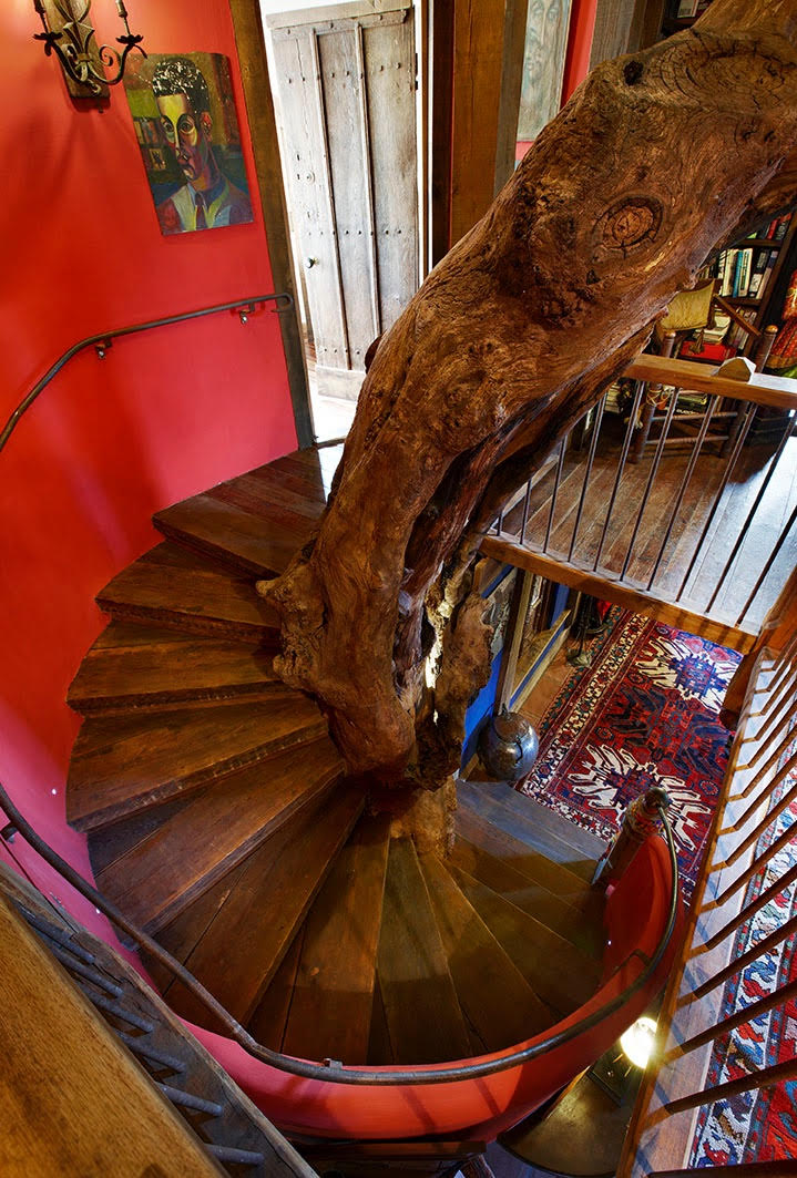 Dragon House - stairs.jpg
