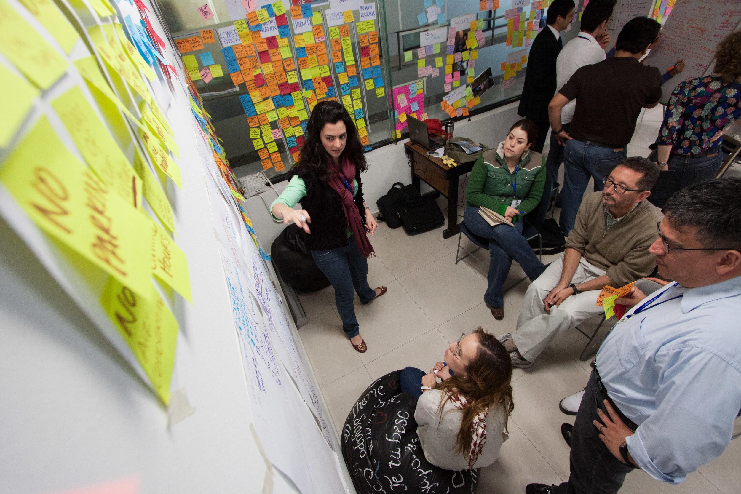 design_thinking_teamwork2.jpg