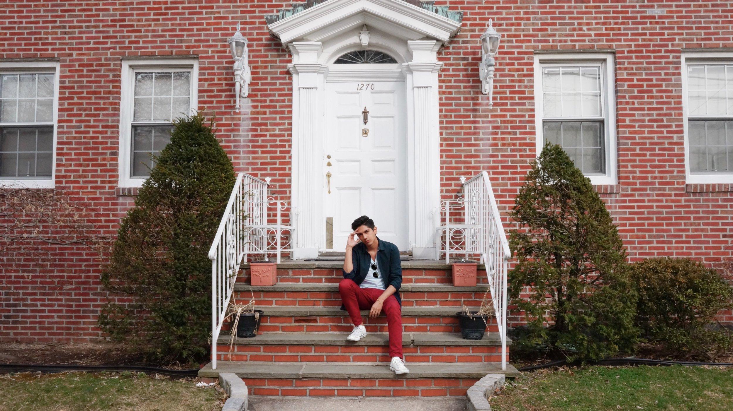 50d1be351e87-House.jpg