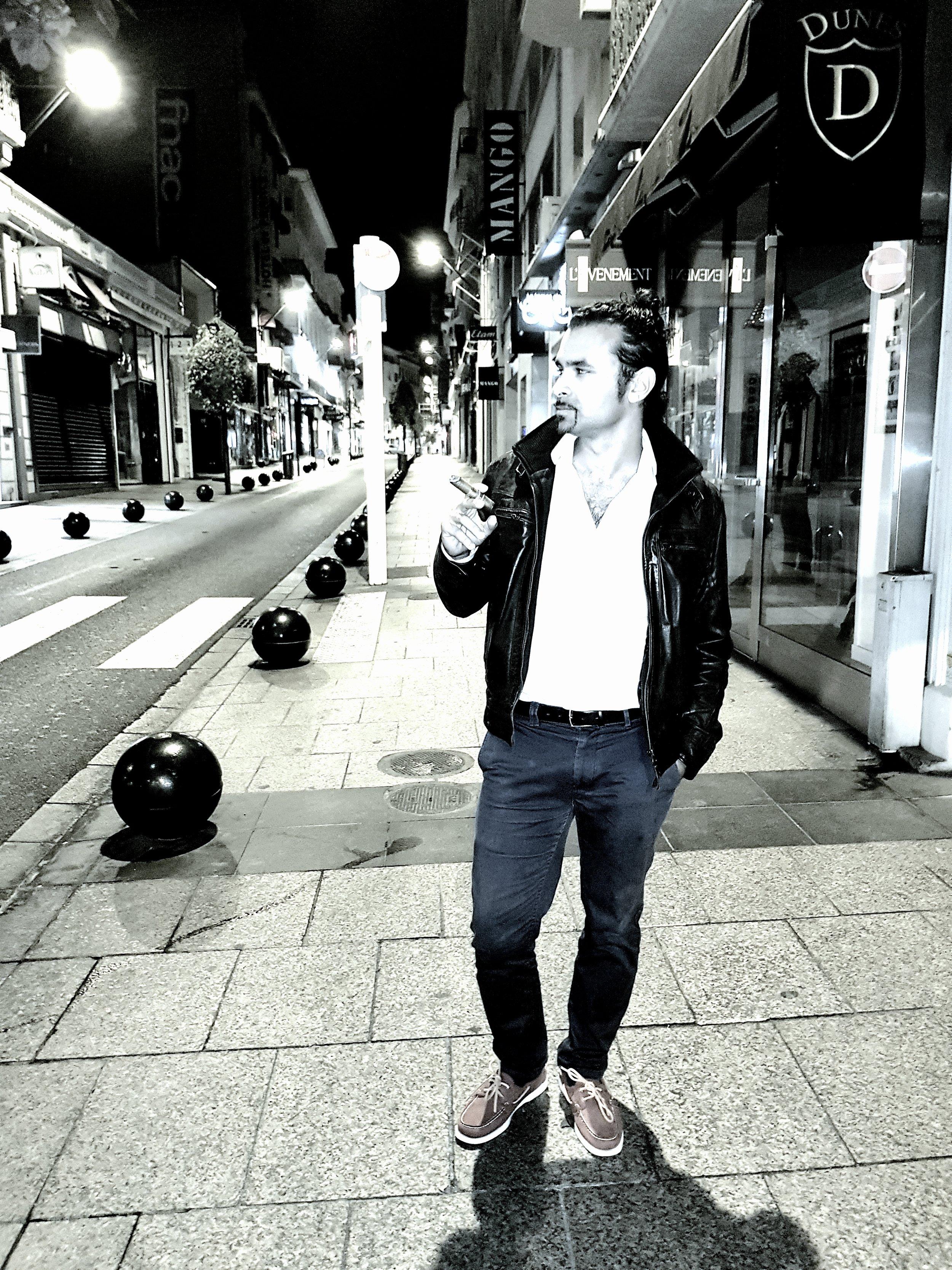 714a15b45e5f-Zakaria_Alaoui__Cannes_Street_.jpg